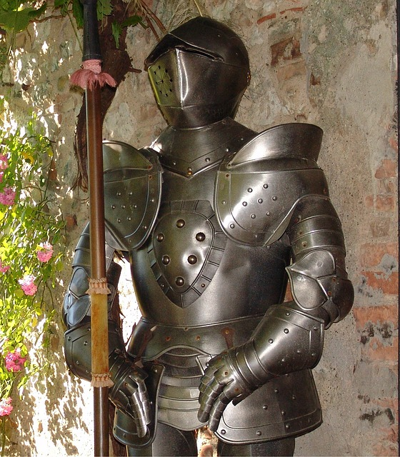 armor-401699_640