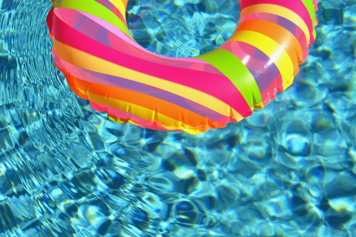 swim-ring-84625_1920